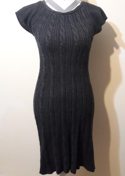 Calvin Klein Dresses & Skirts - Calvin Klein Fitted Short Sleeve Sweater Dress
